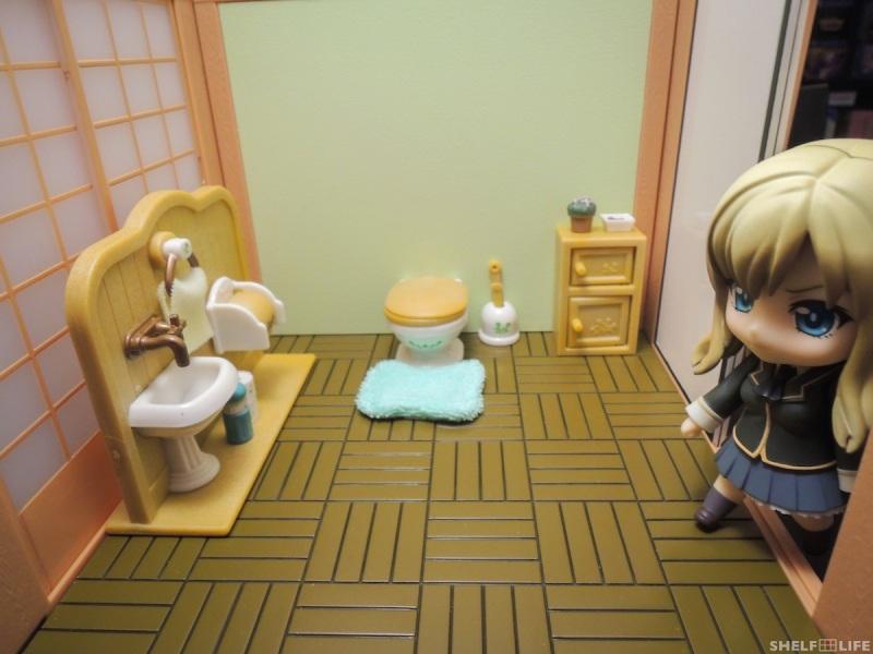 Sylvanian Families Toilet Set with Sena