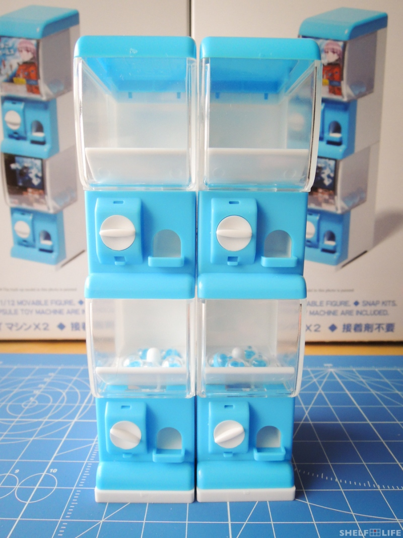1/12 Capsule Toy Machine - Stacked
