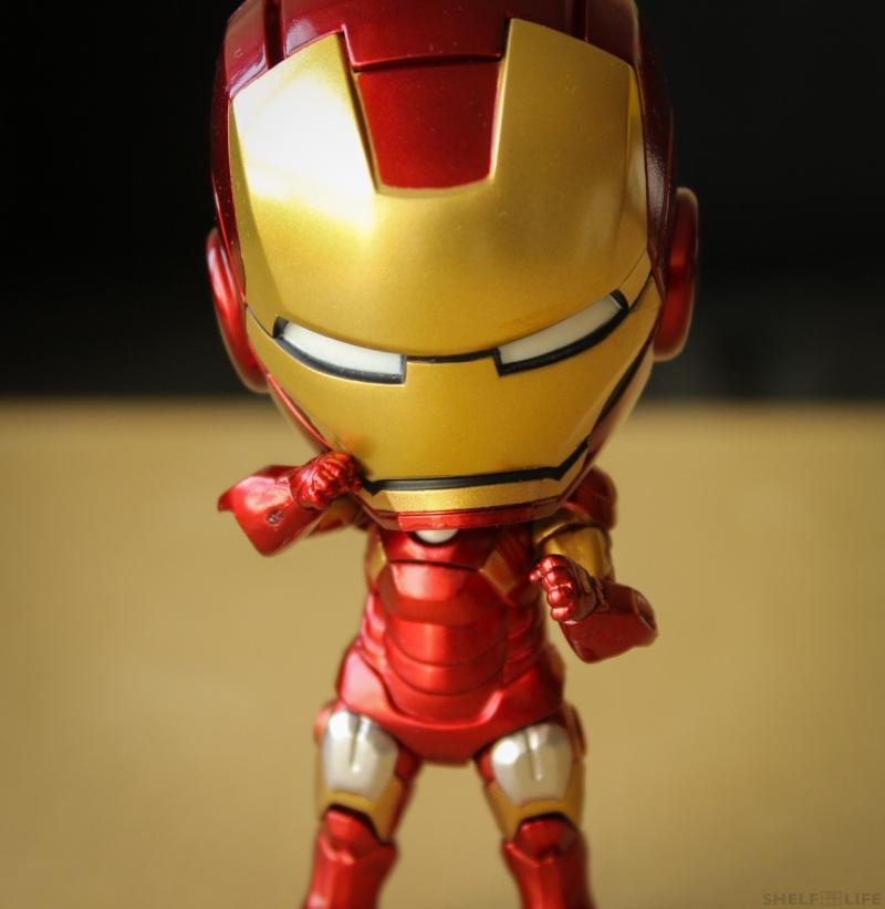 Nendoroid Iron Man Fists Close-up