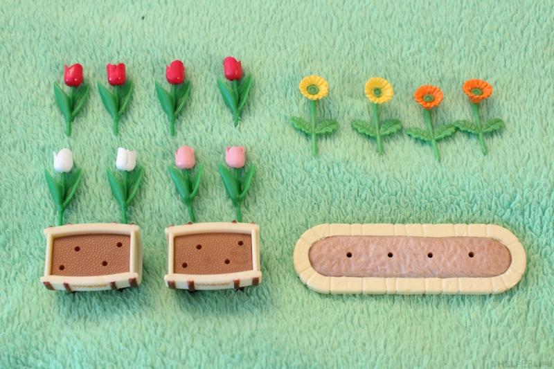 Sylvanian Families Garden Set - Flowers