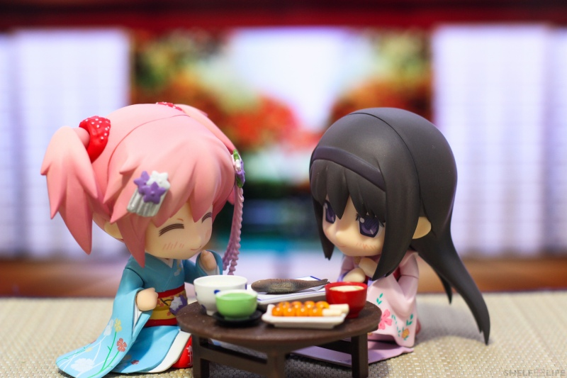 Madoka and Homura New Years - Happy