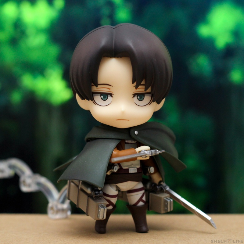 Nendoroid Levi - Bent arms with cloak